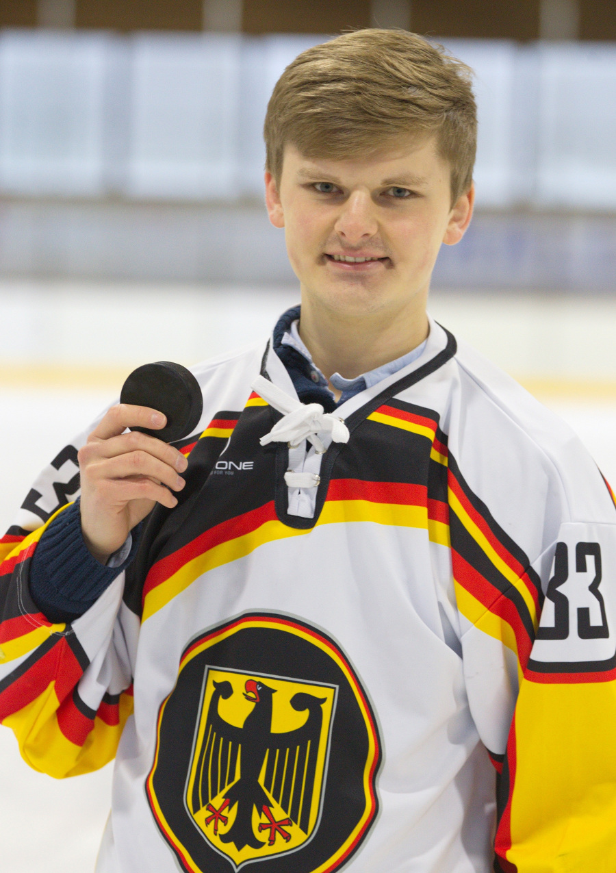 Sledge-Eishockey: Junge Talente mit viel Erfahrung - Über die EM Anfang April ... - GESUNDHEIT ADHOC (press release)