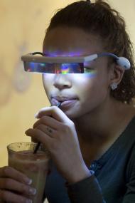 Erstes Lichttherapiecafé Deutschlands eröffnet. Bilder frei verwendbar