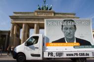 """Großplakat der Kampagne """"Letzte Hilfe"""" in Berlin. Bild: Giordano Bruno Stiftung/Frank Nicolai"""