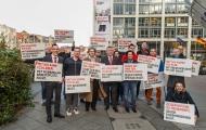 Bundesgesundheitsminister Gröhe und HIV-positive Aktivist_innen setzen ein Zeichen für Akzeptanz und Respekt (© Kühnapfel Fotografie)