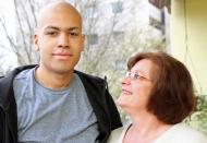 Felix mit Mutter Cordula vor der Transplantation 2014