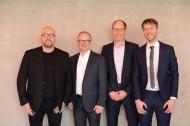v.l.n.r.: Thomas Bellartz (APOTHEKE ADHOC), Marcus Kroll (apothekia), Ulrich Rindt (apothekia), Patrick Hollstein (APOTHEKE ADHOC) Foto: APOTHEKE ADHOC/Andreas Domma