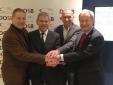 v.l.: Herr Dr.Quade (Vizepräsident Leistungssport DBS), Herr Dr. Martin Engelhardt (Präsident DTU), Herr Reinhold Häußlein (Vize-Präsident Lsp DTU), Herr Beucher (Präsident DBS) Quelle: DTU