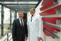 Prof. Dr. med. Peter Habermeyer (rechts) Hartmut Hain, CEO von MEDIAN Kliniken (links). Bild: MEDIAN Kliniken GmbH & Co. KG/Christina Stihle