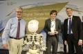 Copyright DIHK / Jens Schicke Foto mit DIHK-Hauptgeschäftsführer Dr. Martin Wansleben (links) und Carsten Lexa, G20 YEA President Germany (rechts) und Admir Kulin, Berlin am 15.06.2017
