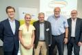 Dr. Stephan Eder (Hexal AG/Vorsitzender AG Pro Biosimilars), Prof. Dr. Diana Lüftner (DGHO), Dieter Wiek (Deutsche Rheuma-Liga) und Prof. Dr. J. Braun (DGRh), Elmar Esser (Moderator), Fotograf: Peter Himsel