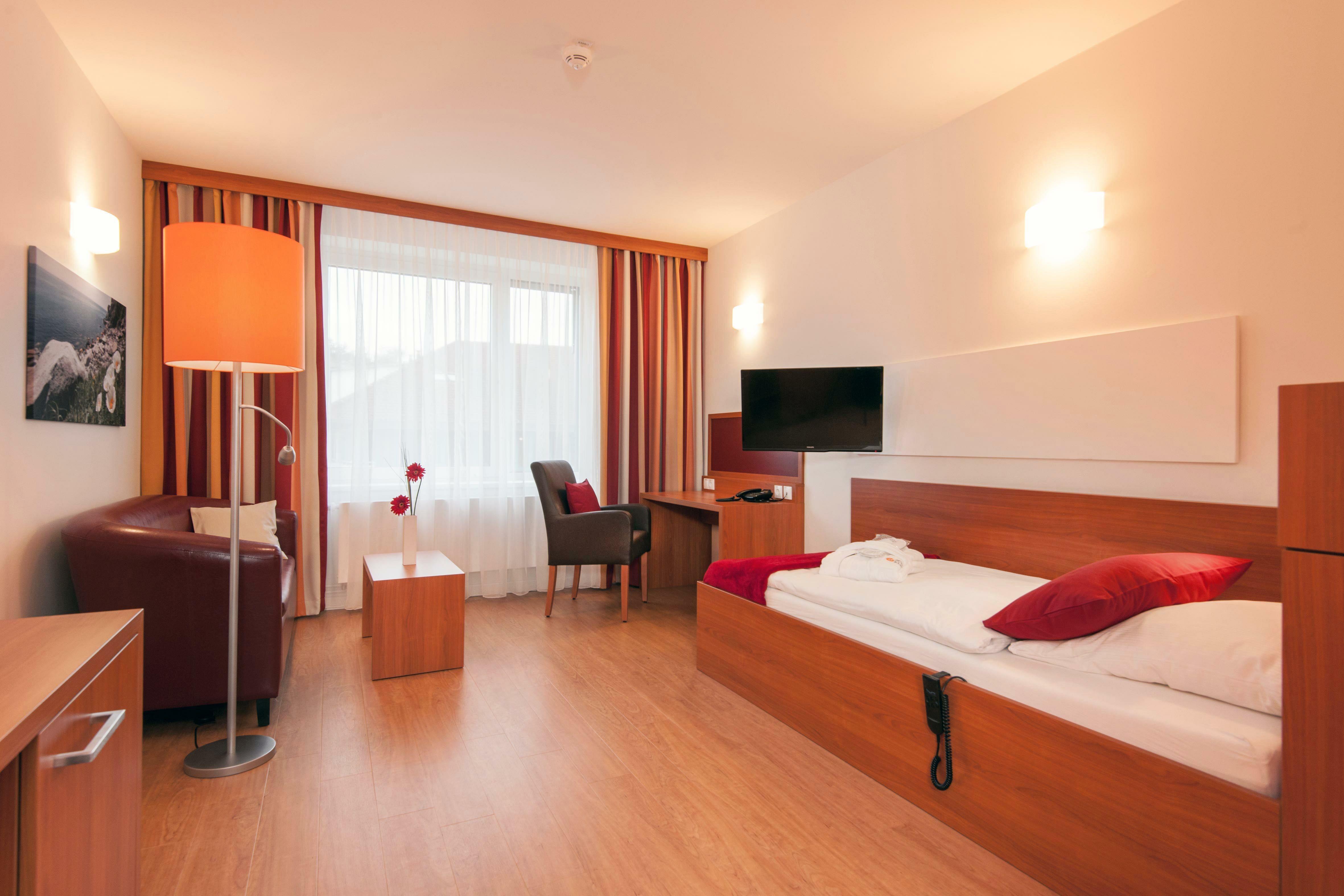 Schön Klinik Bad Bramstedt eröffnet neues Bettenhaus mit hohem ...