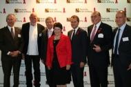 25 Jahre Deutsche AIDS-Stiftung (v.l.n.r.): Dr. Christoph Uleer, Rainer Ehlers, Dr. Ulrich Heide, Prof. Dr. Rita Süssmuth, Daniel Bahr, Reinhold Schulte, Dr. Lothar Altringer im Rheinischen Landesmuseum LVR in Bonn.