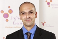 Professor Jalid Sehouli. Foto: Stiftung Eierstockkrebs