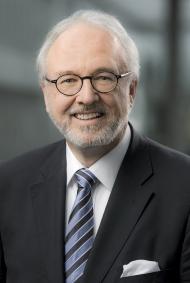 Präsident der Ärztekammer Nordrhein Rudolf Henke. Fotonachweis: Jochen Rolfes