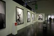 Prominente Porträts im Format 1,90 x 1,50 Meter