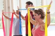 Funktionstraining gilt als besonders effizient, um die Beweglichkeit von Gelenken zu fördern und zu erhalten.  © Rheuma-Liga Baden-Württemberg.