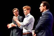 "v.l.n.r.: Dr. Hajo Schumacher (Moderator), Jörn-Marc Vogler (VELUVIA), Ralf Dümmel (""Höhle der Löwen""-Investor), Foto: APOTHEKE ADHOC / Peter van Heesen"