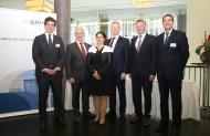 von links: Christian Baracat, Dr. Georg Kippels, Silja Waibel, Robbie Bulloch, Dr. Hermann Kortland, Dr. Elmar Kroth   ©BILDSCHÖN, Tom Maelsa/BAH