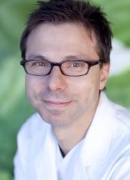 Priv. Doz. Dr. med. Thorsten Lawrenz, Leitender Oberarzt, Facharzt für Innere Medizin/ Kardiologie, Schwerpunkt: Rhythmologie, Behandlung von Kardiomyopathien, TASH