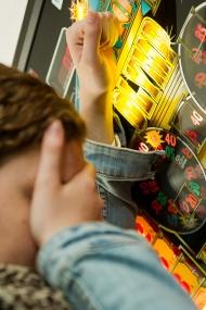 Innerhalb kurzer Zeit werden an Spielautomaten Monatsgehälter verspielt