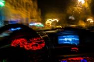 Arzneimittel können sich auf die Fahrtüchtigkeit auswirken. (Quelle: Shutterstock/MarekPX)