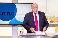 Bundeswirtschaftsminister Peter Altmaier spricht auf der digitalen Mitgliederversammlung des BAH. Foto: BAH / Svea Pietschmann