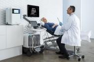 Damit Arzt und Patient auf der sicheren Seite sind: eine automatisierte, validierbare und digital dokumentierbare Desinfektion ist nicht nur rechtssicher, sondern erhöht auch den Mitarbeiter- und Patientenschutz. (Photo: Nanosonics Ltd.)