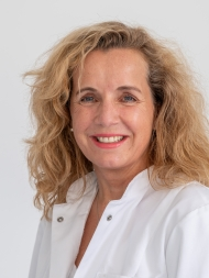 Dr. med. Daniela Paepke, Oberärztin für Integrative Gynäkologie und Geburtshilfe in der Frauenklinik rechts der Isar, München