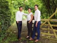 Die Geschäftsführer Mathias (l.) und Marcus Hevert mit ihrer Schwester und Mitgesellschafterin Sarah Hevert.
