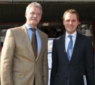 Dr. Klaus Bartling, Präsident der ZÄKWL und Bundesgesundheitsminister Daniel Bahr