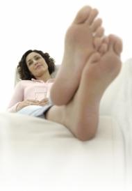 Schöne und gesunde Füße, darauf sollten besonders Diabetiker achten. (Bild: GEHWOL)