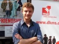 Schauspieler Friedrick Mücke engagiert sich im Kampf gegen Leukämie