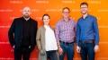 v.l.n.r.: Thomas Bellartz (Herausgeber APOTHEKE ADHOC), Anike Oleski (Apothekerin & Inhaberin BerlinApotheke), Dirk Vongehr (Apothekeninhaber & Mitglied des Präsidiums des MVDA e.V.), Patrick Hollstein (Apotheker & Chefredakteur APOTHEKE ADHOC). Weiteres Jury-Mitglied: Ulrich Rindt (Apotheker & Co-Founder apothekia), der leider nicht persönlich teilnehmen konnte. Copyright: APOTHEKE ADHOC/ Andreas Domma
