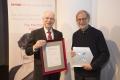 v.l. Der Vorsitzende des medizinischen Beirats der DKMS, Prof. Richard Champlin, MD und Preisträger Dr. Stephen Forman