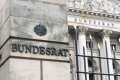 Apothekenstärkungsgesetz im Bundesrat (Bildquelle: shutterstock_561932506_Cineberg)