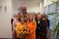 DKMS-Hauptgeschäftsführerin Dr. Elke Neujahr mit Anna Fennen