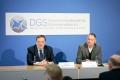 Die Deutsche Gesellschaft für Schmerzmedizin (DGS) fordert die Bedarfsplanung für eine bessere Versorgung von Schmerzpatienten, im Bild Dr. Johannes Horlemann (links), Präsident der DGS, und Dr. Michael A. Überall (rechts), Vizepräsident der DGS. Foto: Frank Nürnberger.